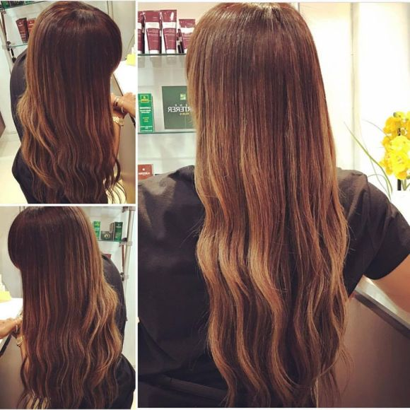 22 in wavy hair extensions with chestnut highlights amoy couture salon upper east side